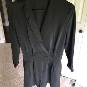 3/4 sleeve tuxedo style shorts romper